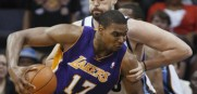 Lakers_Andrew_Bynum_1