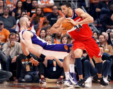 NBA_Flop_Marcin_Gortat_2012