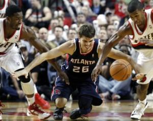 Hawks_Trail_Blazers_2012