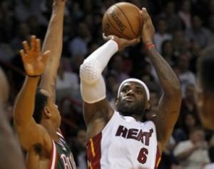 Heat_Bucks_2012