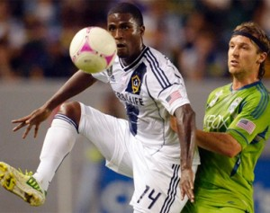 LA_Galaxy_Edson_Buddle_2012