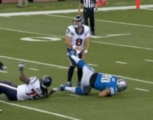 Texans_Lions_Matt_Schaub_Suh_Kick_2012