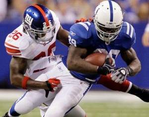 Giants_Joesph_Addai_2012