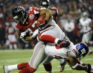 Falcons_Giants_2012