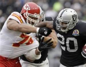 Raiders_Chiefs_2012