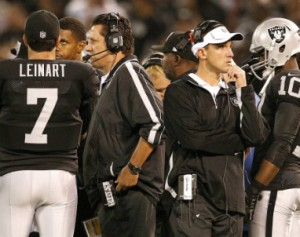 Raiders_Greg_Knapp_2012