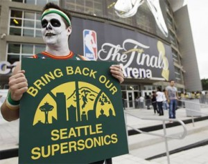 Seattle_Sonics_Fan_2012