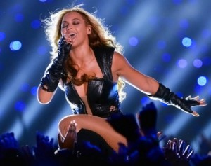 Beyonce_Nipple_Slip_Super_Bowl_2013