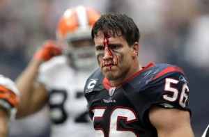 Texans_Brian_Cushing_2013