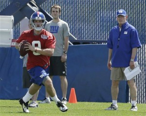 Giant_Ryan Nassib _Tom_Coughlin_2013