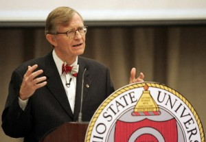 Gordon_Gee_Ohio_State_2013