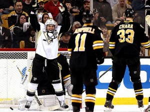 Pittsburgh_Penguins_Boston_Bruins_2013