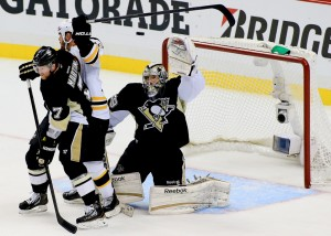 Marc_Andre_Fleury_Boston_Bruins_Pittsburgh_2013