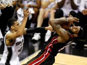 NBA-Finals-Miami-Heat_San-Antonio-Spurs_LeBron_James_2013