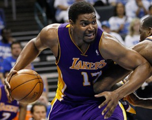 Lakers_Andrew_Bynum_2013