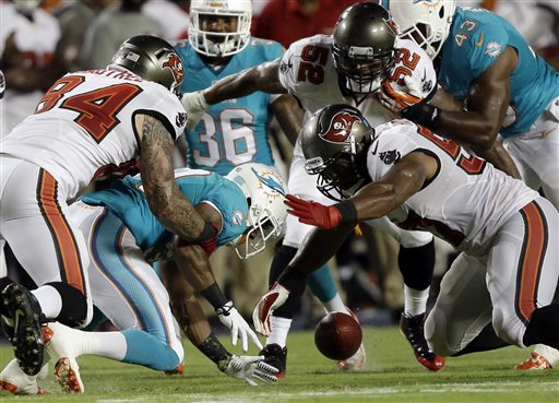 Buccaneers Dolphins Football 6