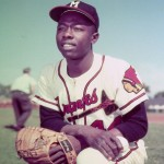 Braves_Hank_Aaron_2013