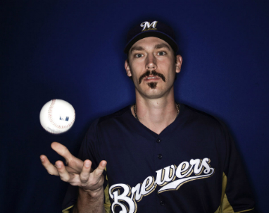 Brewers_John_Axford_2013