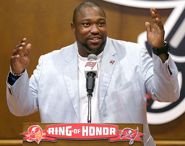Buccaneers_Warren_Sapp_2013_3