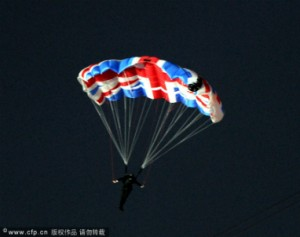 Parachute_2013