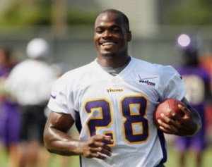 Vikings_Adrian_Peterson_2013
