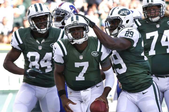 New York Jets Smith carries the ball after scoring a touchdown against the Buffalo Bills in the first quarter during their NFL football game in East Rutherford