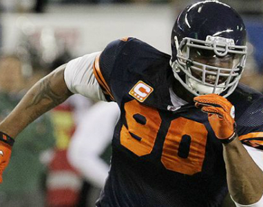 Bears_Julius_Peppers_2013