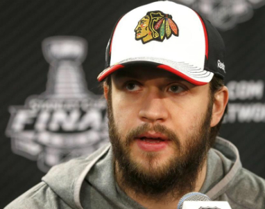 Blackhawks_Brent_Seabrook_2013