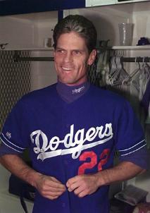 Dodgers_Brett_Butler_2013