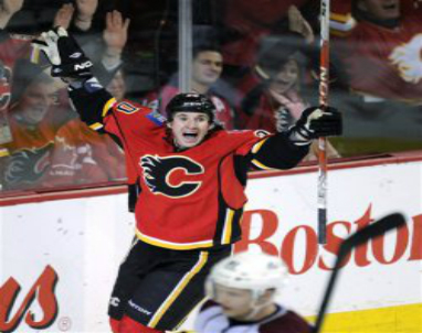 Flames_Curtis_Glencross_2013