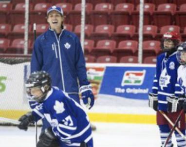 Leafs_David_Clarkson_2013