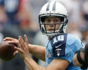 Titans_Jake_Locker_2013