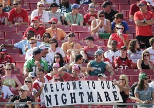 Bucs fan sign at Bucs Eagles