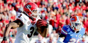 Todd Gurley (3) finished with 100 yards and a touchdown on 17 carries. Georgia beat Florida 23-20..