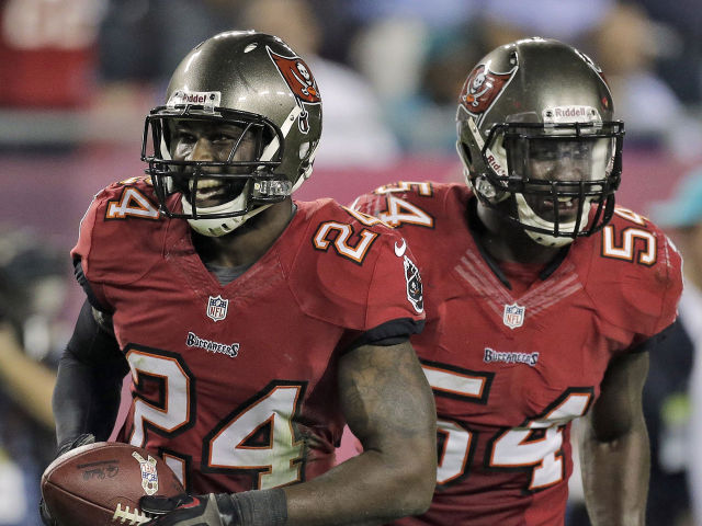 Darrelle-Revis-Lavonte-David-2013