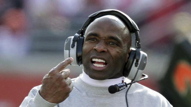 If Texas calls Charlie Strong would be wise to head to Austin