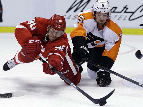 RedWings_Kevin_Weiss_2013