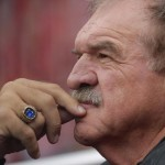 Dan Dierdorf will retire from broadcasting the NFL on CBS after Saturday nights game
