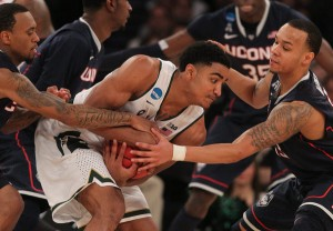 UConn's swarming defense was too much for Michigan State.