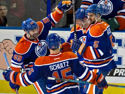 Oilers_Nick_Schultz_2014