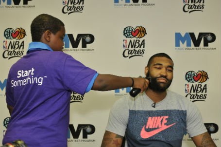 Kyle beard shaving at beards for bigs_FM39175