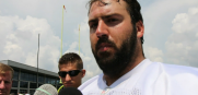 Tampa Bay Buccaneers center Evan Dietrich-Smith talks about teammates Josh McCown and Kadeem Edwards
