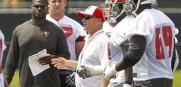 Bucs offensive coordinator Jeff Tedford