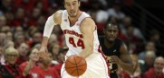frank-kaminsky-todd-johnson-ncaa-basketball-northern-kentucky-wisconsin-850x560