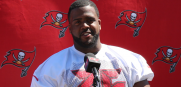 Bucs offensive tackle Donovan Smith