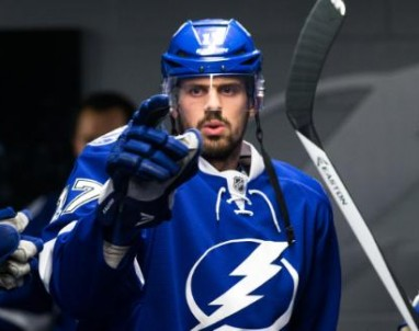 Alex Killorn and the Tampa Bay Lightning prepare for Game 4 against the New York Rangers