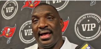 Doug Williams Bucs Ring of Honor Presser