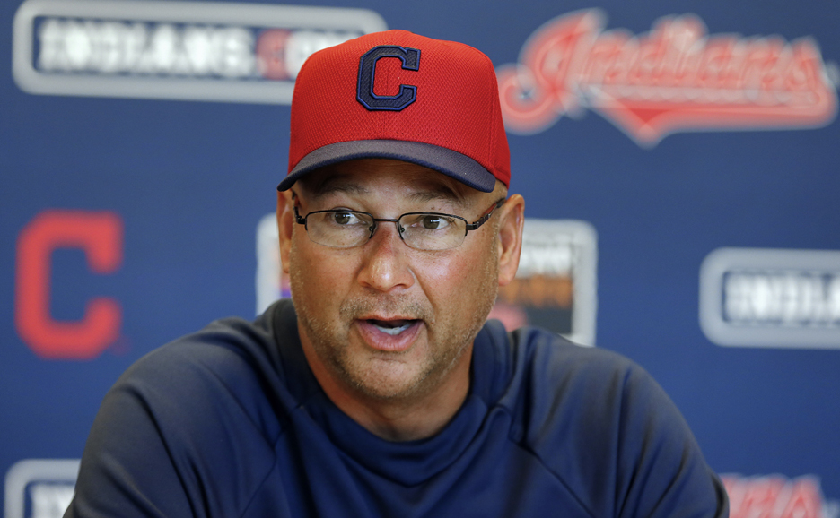 His team's got bite, but Francona loses tooth with chew