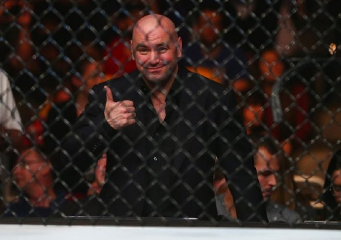 Dana White Makes Offer to Floyd Mayweather For Bout With Conor McGregor